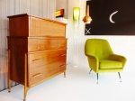American Mid-Century Chest of drawers in Walnut