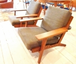 Pair of vintage model Hans Wegner 